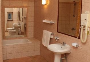 HOTEL T23 SRL